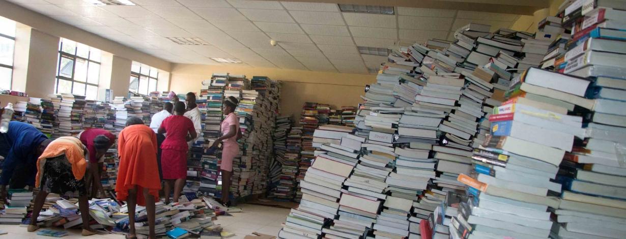 Kibabii-University-Receives-23000-Volumes-of-Books-slider3